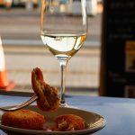 尾道駅近の名イタリアン『イルポンティーレ』de至福の昼呑み。生ハムコロッケは1人で10個食べたい美味しさ!