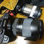 レンズ交換を時短!SONY デジタル一眼『α7II』へ『GoWing クイックエクスチェンジ方式レンズホルダー』装備!
