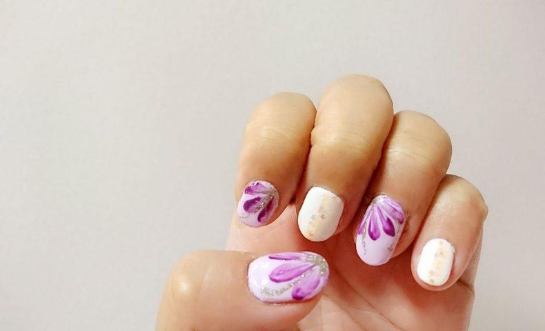 秋桜のようなネイル&ベージュアッシュカラーで秋気分を先取り♪尾道市向島町『HAIR&FACE JUNKO』