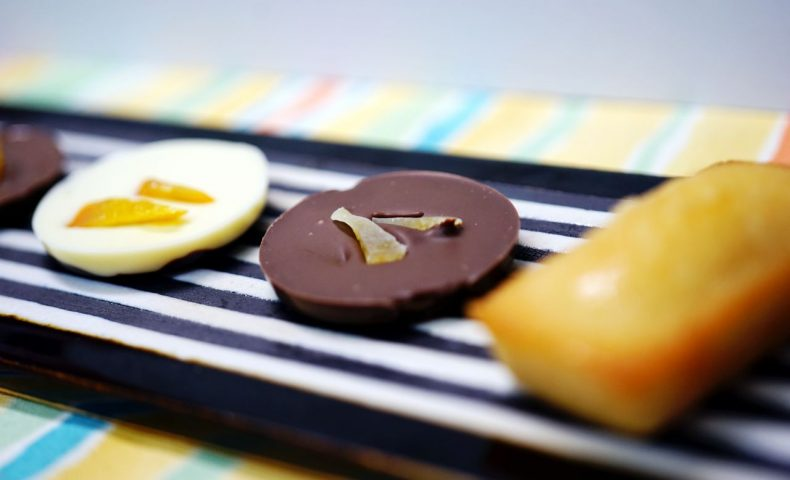 尾道商店街のチョコレートショップ『Coco by 久遠』、ドライフルーツ入りの爽やかあっさりチョコレートが美味しい!