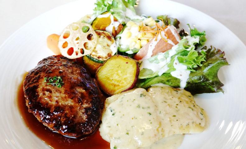 福山市松永『洋食ルグラン』ふっくらジューシーなハンバーグと白身魚ポワレのランチ♪