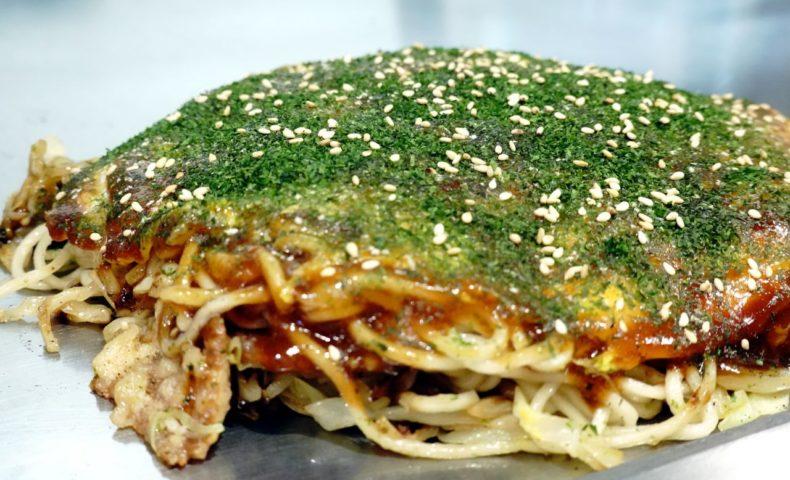尾道市向島町『鐵咲。(てっさ)』、大葉香るメチャ旨お好み焼き&海鮮・お肉の鉄板焼き店!