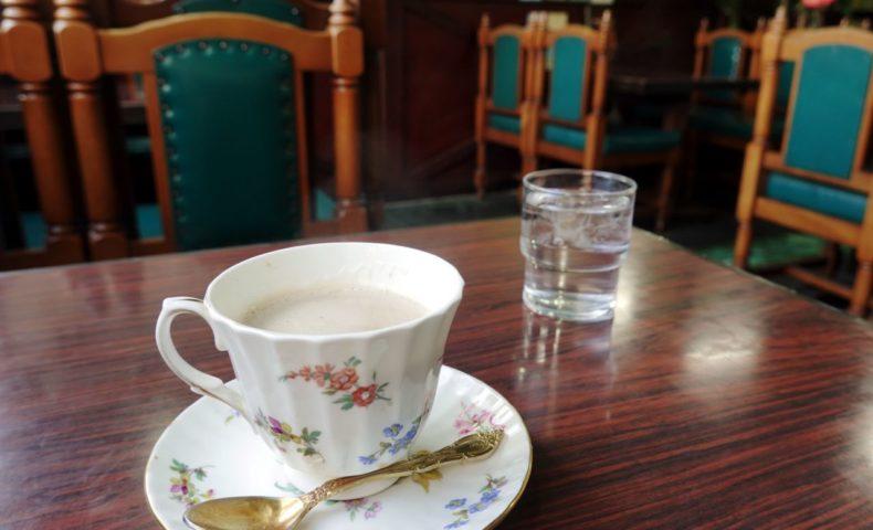 尾道商店街『お食事・喫茶 よたろう』懐かしき昭和が色濃く残る、昔ながらの喫茶&定食屋さん♪