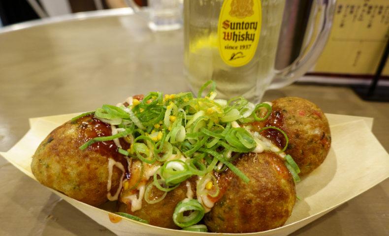 JR新横浜駅ビル内『築地銀だこハイボール酒場 新横浜店』、たこ焼きでサク飲みが楽しい♪