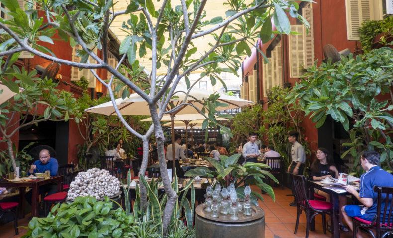 【2019ハノイ-3】リゾート感あふれるベトナム料理レストラン『Nhà Hàng Ngon』