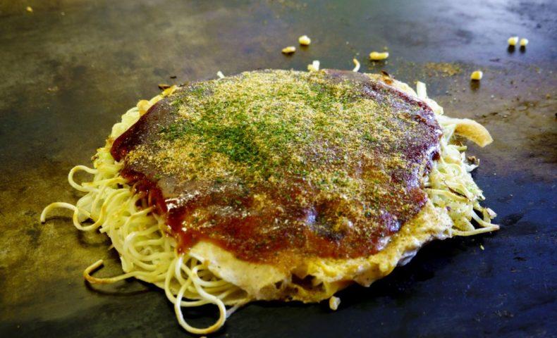 尾道海岸通り『お好み焼 いのうえ』、昭和の味を伝える昔懐かしいお好み焼き店♪